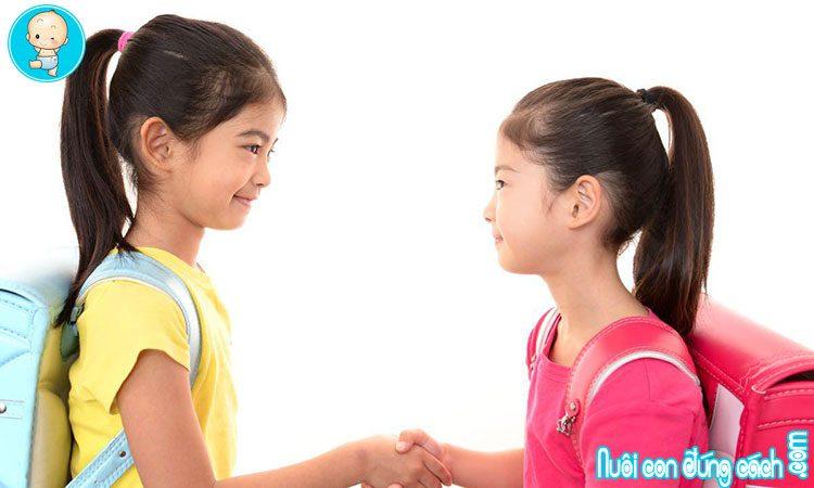 Cha mẹ dạy con tự tin như thế nào?
