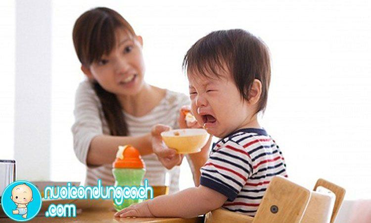 Mẹo hay giúp con thích ăn hơn