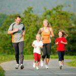 Cha mẹ làm gì để giúp con khỏe mạnh
