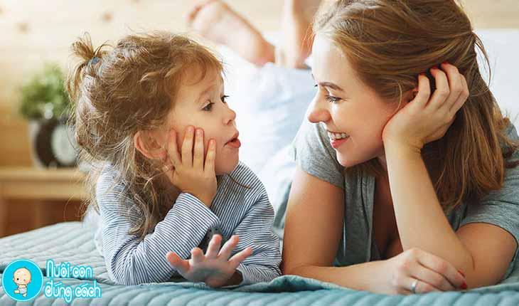Tăng cường trò chuyện cùng trẻ