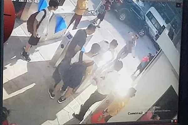 ự việc em học sinh lớp 1 tử vong trên xe đưa đón