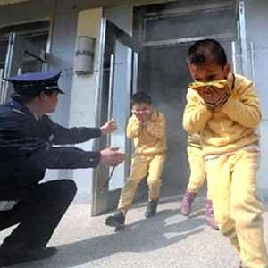 Dạy trẻ kỹ năng thoát hiểm