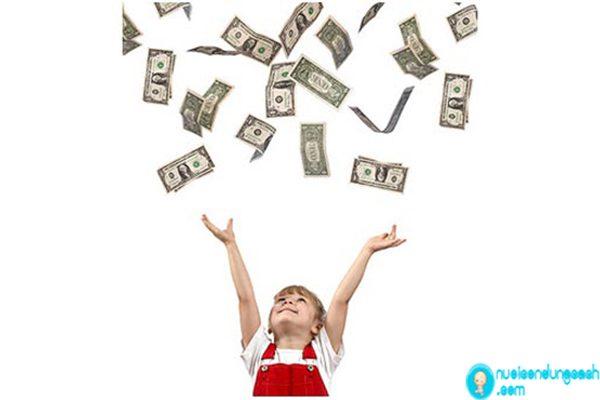 Làm thế nào để dạy con làm chủ tiền bạc.